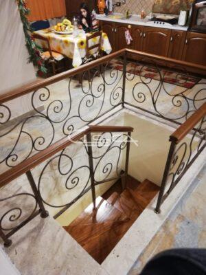 scale in legno e ferro